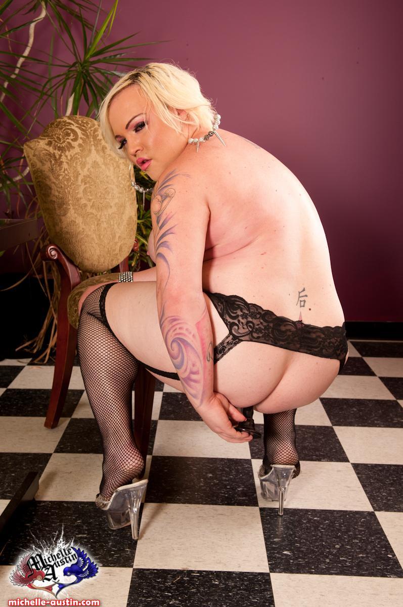 Nude photos Gay extremo